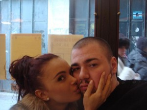 Гущеров и Ники Михайлов се борят за сърцето на фолк певицата Мария