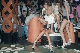 Шок!!! Андреа ходи пияна по участия