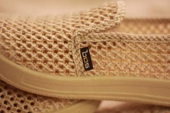 Бос обувки