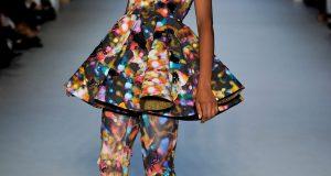 Невероятни идеи за артистично облекло