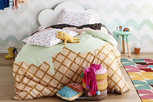 Украсени детски комплекти спално бельо